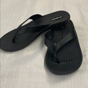 Okabashi Black Splash Flip Flop Sandals